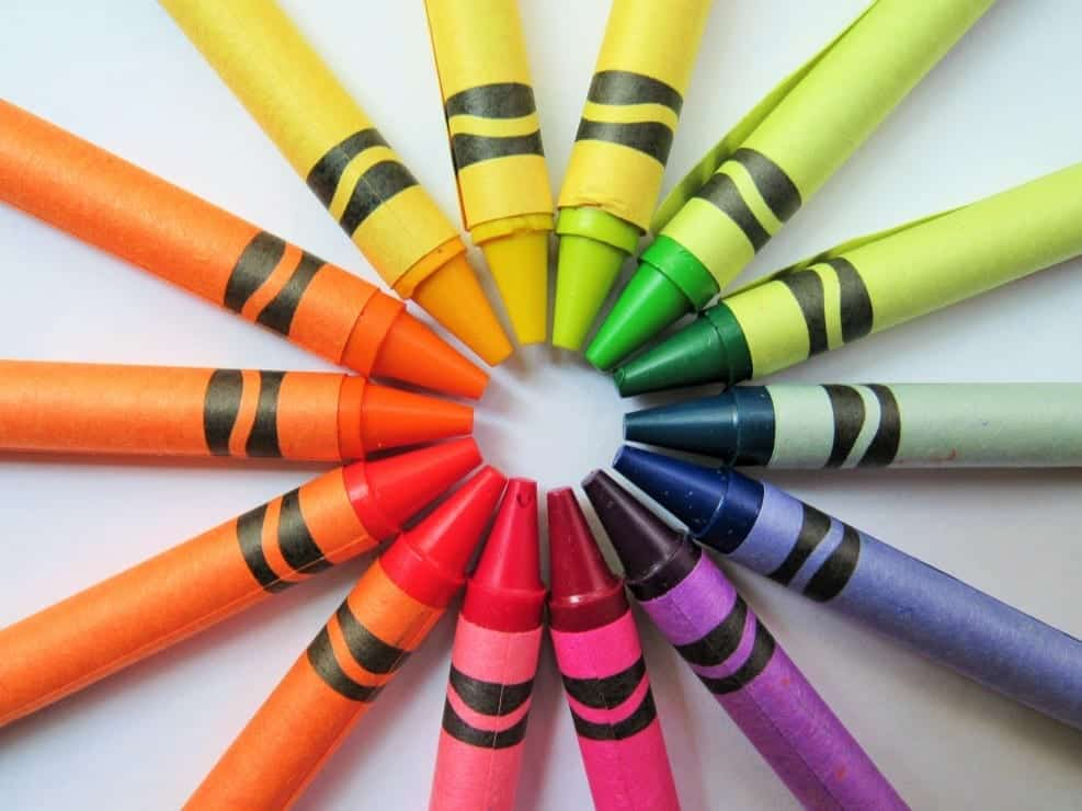 גלגל הצבעים מוצג בעזרת צבעי פנדה